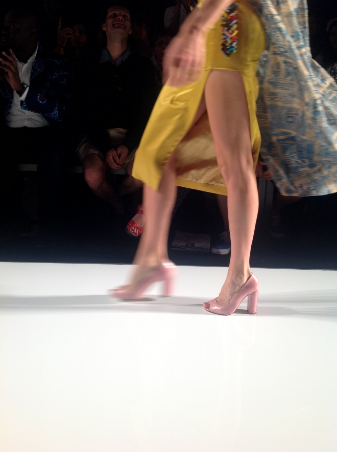 Mo Saïque Heidi pumps looking hott from the 'frow'