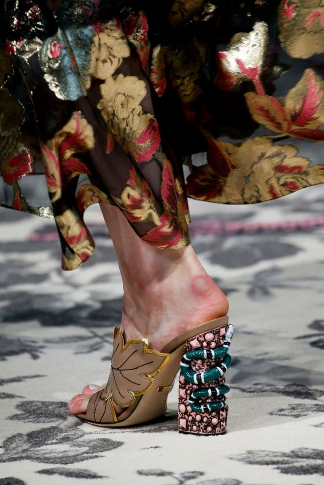 10 gorgeous shoes we spotted at Fashion Week SS16 | MO SAIQUE